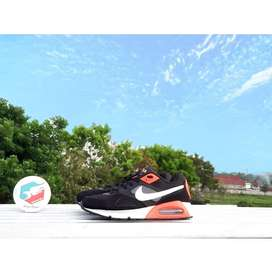 Nike Air Max Ivo Black Crimson