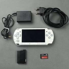 PSP 3000 Putih White Slim 16 GB Fulset