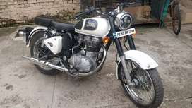 Royal Enfield Classic 350 White Color
