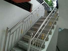 Raling tangga stanlis bergaransi