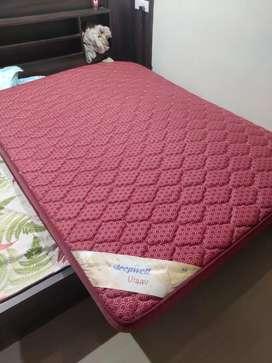 Sleepwell mattress queen size
