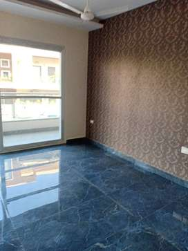 Luxuries 3 Bds - 4 Ba - 2500 ft2 in Central park 2 near sohna road
