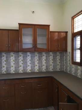 2BHK house floor is available for eant THDC colony