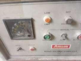 Servo voltage satbilzer