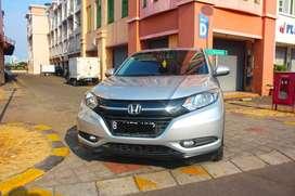 Honda HRV E CVT AT 2015 SIlver Tng ke-1 Genap Plat B