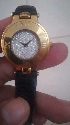Jam tangan yema