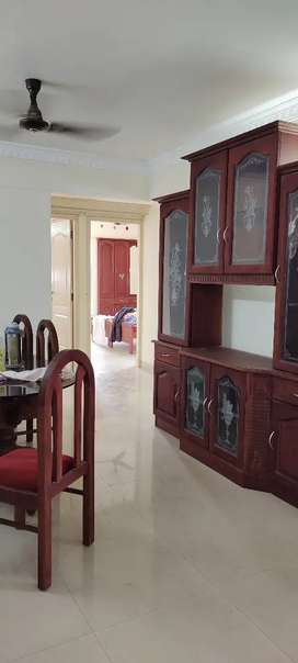 Spases 3bhk furnished flat wakable distonce from Kakkanad colectret