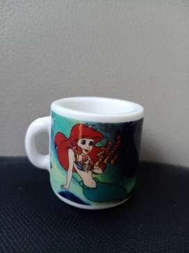 Mainan Pajangan Mini Mug Princess Ariel