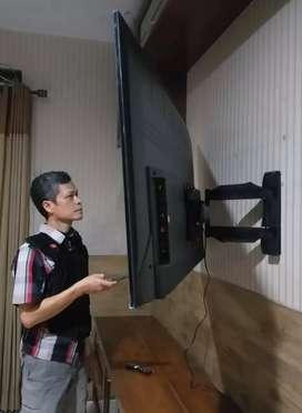 bracket briket swivel buat gantungan tv led lcd utk pengait di dinding