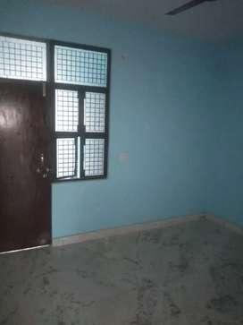 1bhk 1st floor rent in manas kunj road