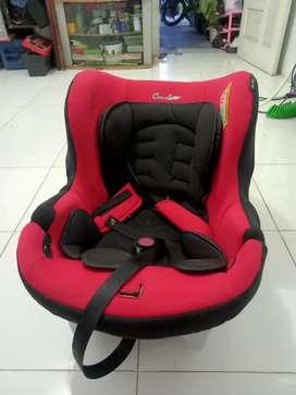 Baby car seat / Kursi Bayi di Mobil