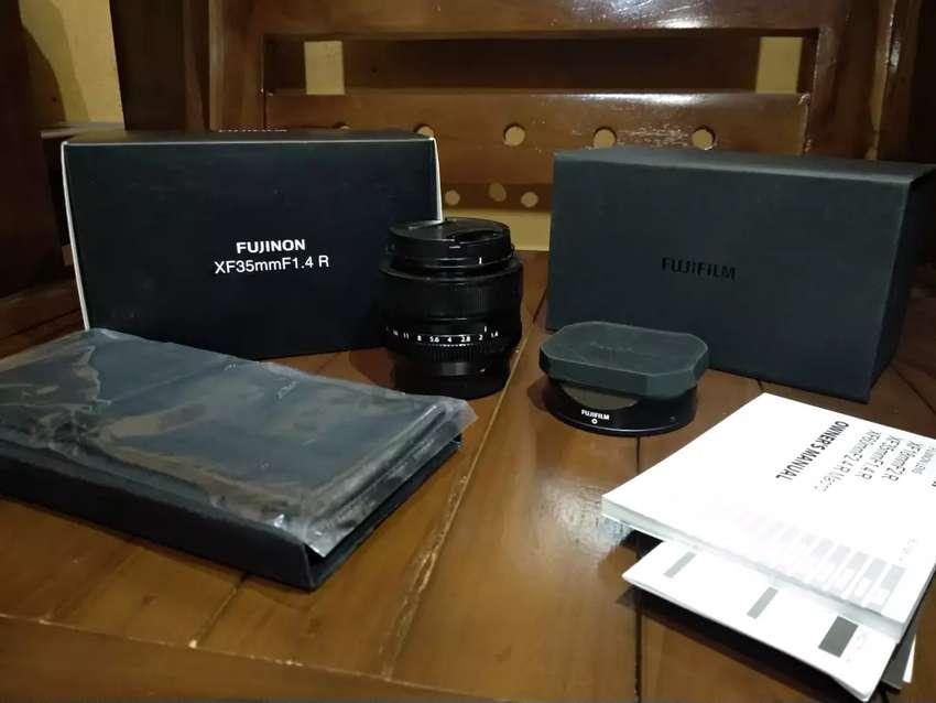 Lensa fujinon fix 35mm f1.4 bokeh mantab 0