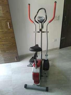 Cross Trainer (Elliptical Bike)
