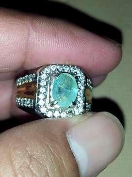Natural Emerald Berryl Alias batu permata Zambrud