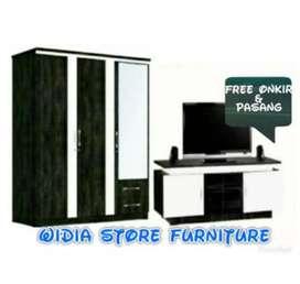 lemari pakaian 3 pintu dan meja tv