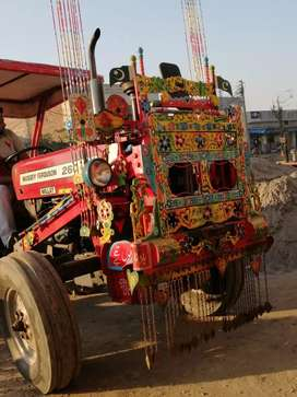 Tractor for sail good condition ma ha agar kisi ne lena to contct kroo