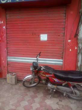 Shop for rent in Johar town very good location