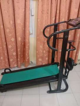 Manual Treadmill with twister