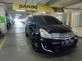Nissan grand Livina XV AT 2012 hitam
