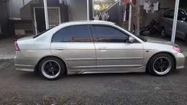 Honda Civic (2004)