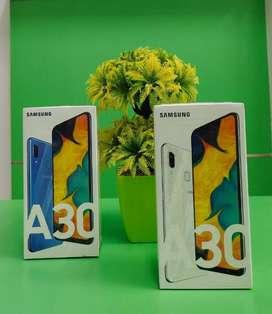 SAMSUNG A30 4/64 GB