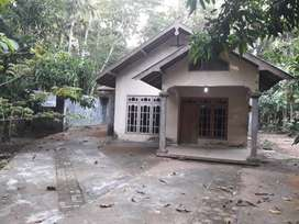 100% MURAH JUAL RUGI Rumah Barat Pasar Sorobayan. 392