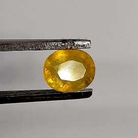Natural Yellow Saphire HQ