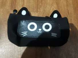 Cat Pouch with 2 chain