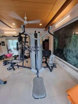 Multi gym WNQ 518bk