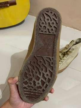 Sepatu comppas high mocha size 39