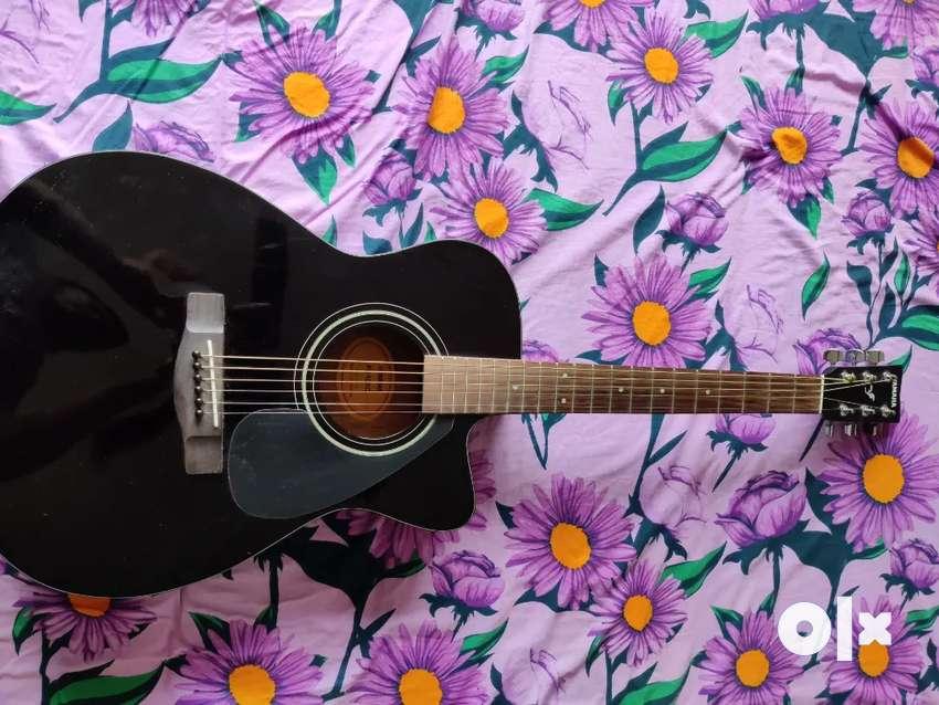 Yamaha beginners acoustic guitar 0