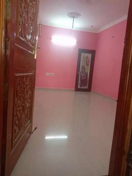 Rent 7500/ or lease 5 lks...