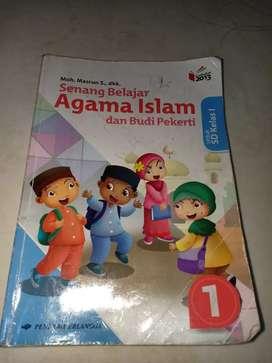 Buku pelajaran agama islam kls 1 SD