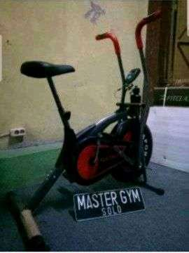 """Alat Fitness SEPEDA STATIS BIKE """"Sports At Home"""" Master Gym ID#6175"""