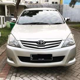 Innova G Diesel Matic 2011 Good Condition