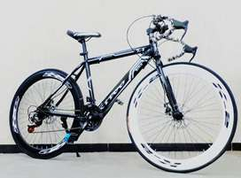 X-Trex Sports Cycle with 21 Speed Gears and Downhandle: 26T