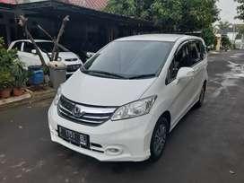 Honda Freed E PSD 2013 AC Dobel Matic record Honda Istimewa Ban Baru