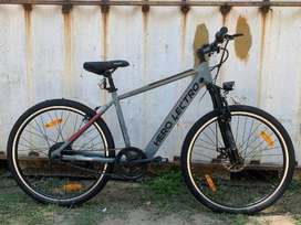 URGENT: Electric bi cycle hero c5i. had only 3 rides on it