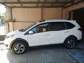 Honda BRV 2017 Warna Putih Low KM