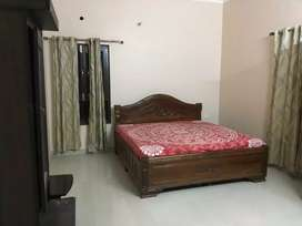 155 gaz 4bhk duplex kothi available ballupur chok near ram vihar