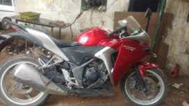 Cbr 250r red colour with abs