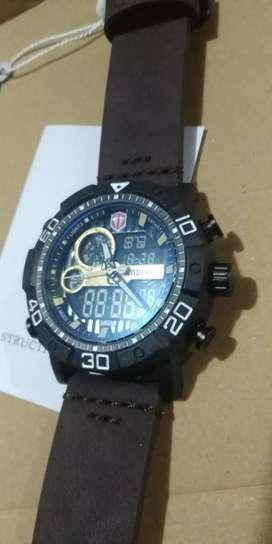 Jam tangan model baru