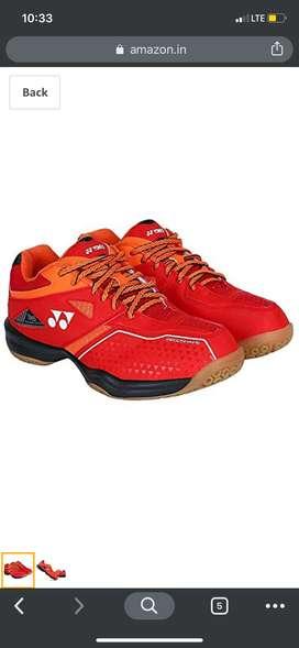 Yonex power crushion shoes