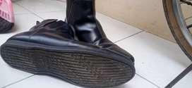 Sepatu kulit Brodo