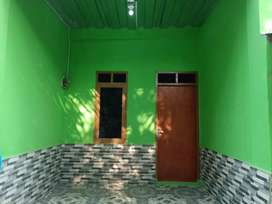 Dikontrakan rumah baru, 2 lantai, lokasi strategis, nyaman
