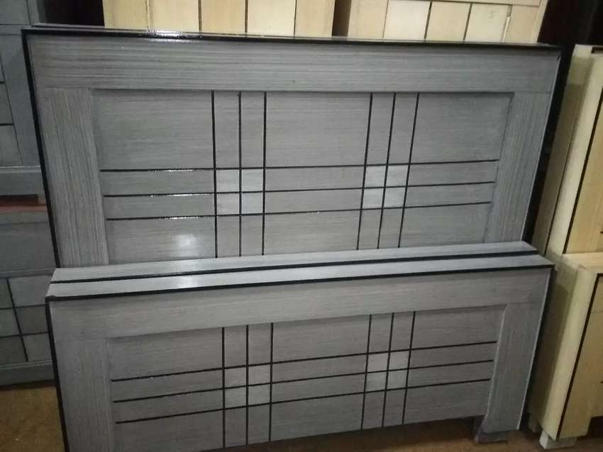 Gray simple Single Bed 0