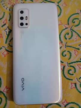 Vivo V17 20days only use phone in new condition