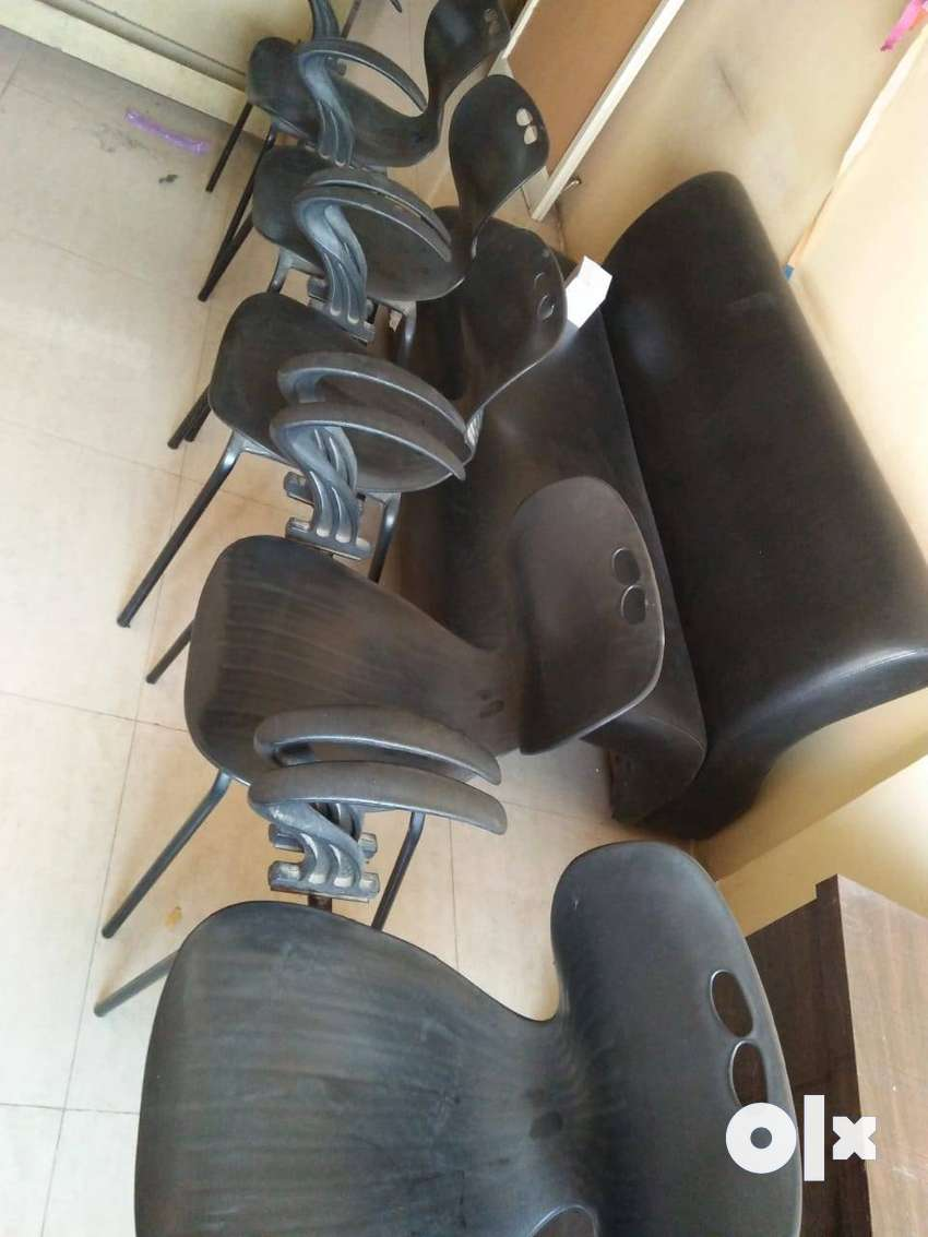 wanted to sell office chairs Urgently 0