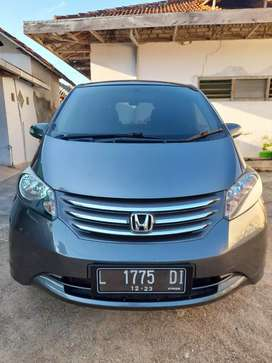 Honda FREED PSD Pemakaian 2010