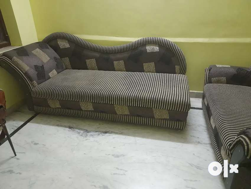 Launcher and 2 seater sofa set